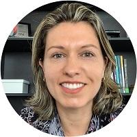 Fernanda Prado  - Planejadora Financeira Pessoal e Familiar Personal & Professional Coach