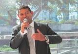 Defensor lança livro sobre direitos dos quilombolas